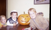 Button-eyed Halloween upstaging of my kitchen jack-lanterns!